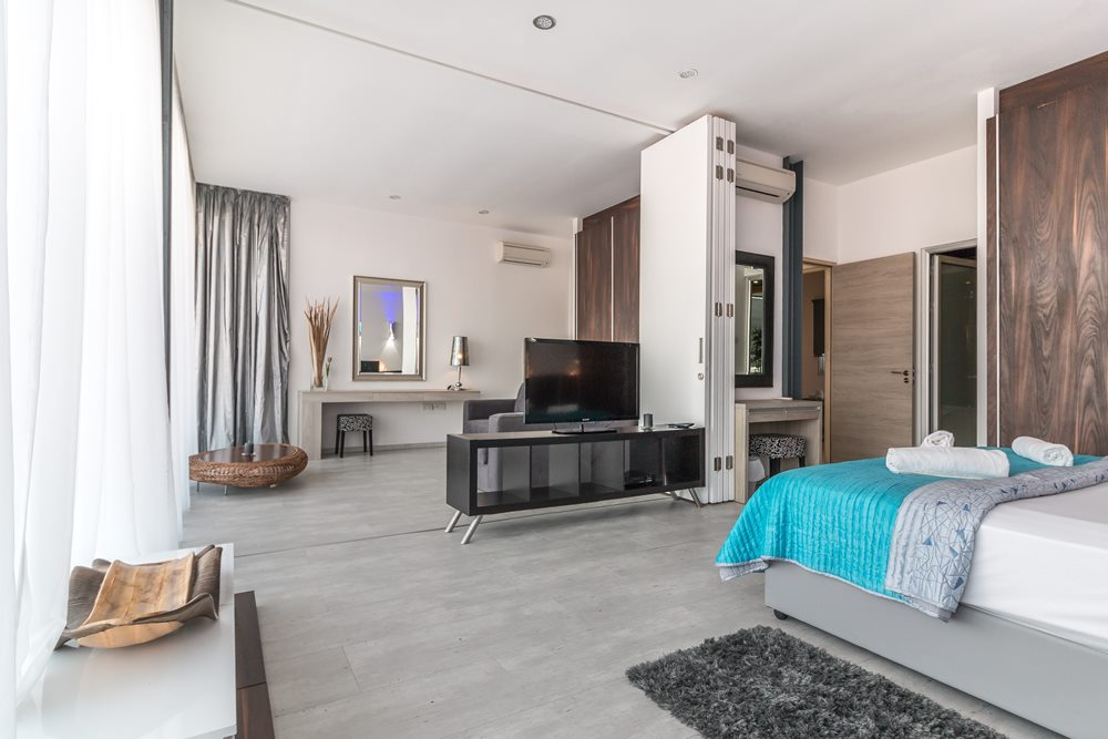 decor your bedroom with light blue and grey